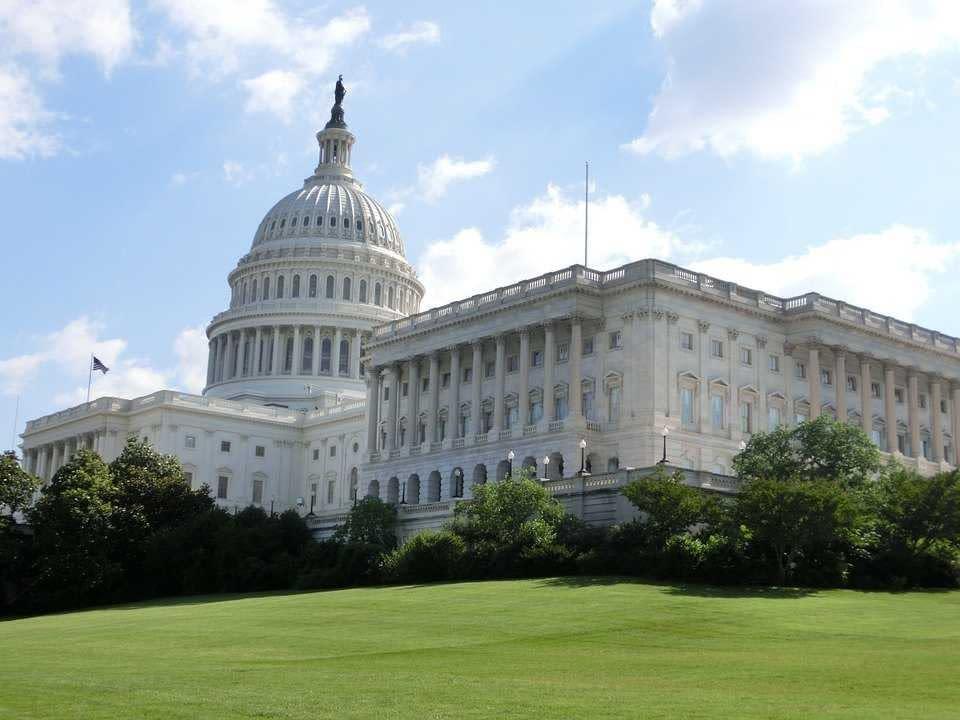 Senators Urge President Obama to Resolve VA Backlog