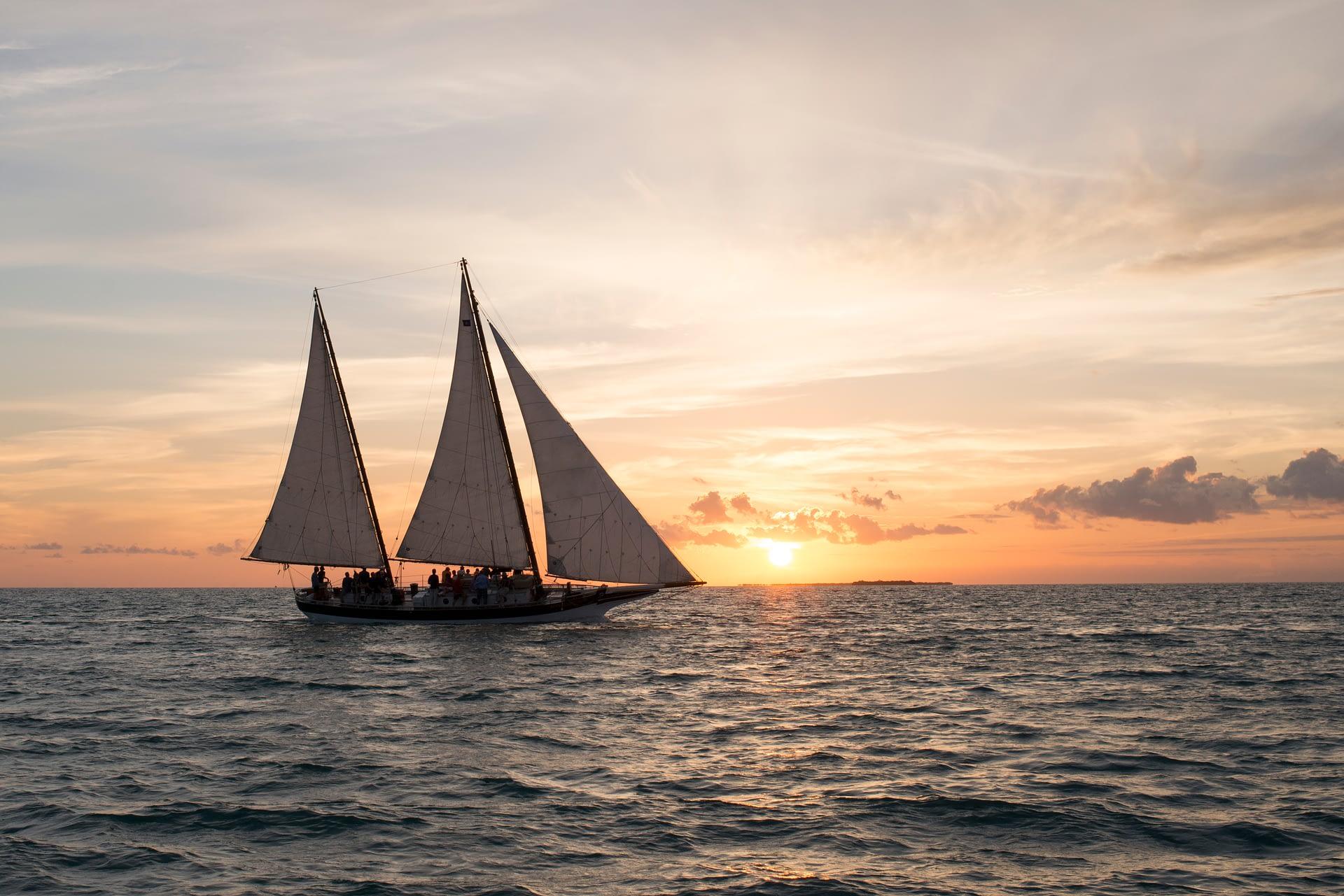 Schooner Champagne Sunset Sail
