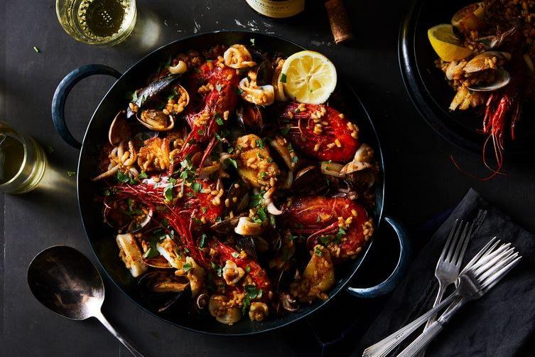Image of Seafood Paella recipe by Boqueria.